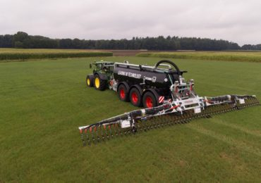 Precyzyjna aplikacja gnojowicy od John Deere i Vogelsang