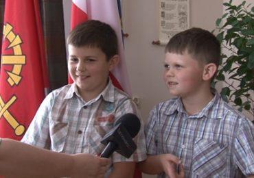 Młodzi bohaterowie z Kowalowa - uratowali życie mamie