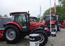 Sprzedaż traktorów nadal rośnie